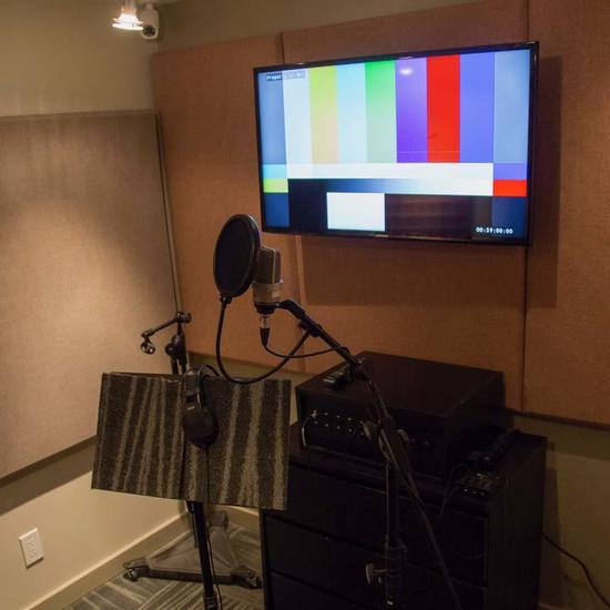 Studio V